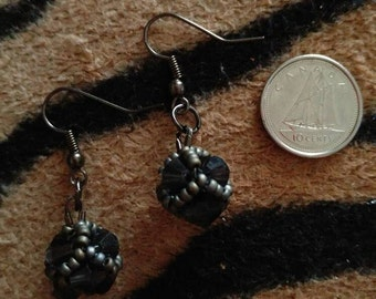 Gray and ink blue beaded earrings