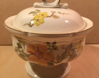Mikasa - Sugar Bowl with Lid - Olde Tapestry