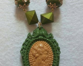 Green and Gold Cameo Pendant Necklace