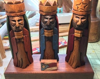 """Tres Reyes Magos (Three wise men) hand carved 7"""" Tall with the Puerto Rico Flag on back and front"""