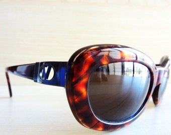 VALENTINO V699 vintage sunglasses nos new old stock made in Italy