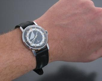Soviet Mens Wrist Watch, POBEDA, Men's Vintage Watch, Collectibles, Soviet Union era 1980s,Wrist watch, Mens watch, Pobeda Watch, VICTORY