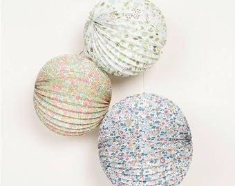 Set of 3 Liberty Style Paper Lanterns - Perfect for party/wedding decor