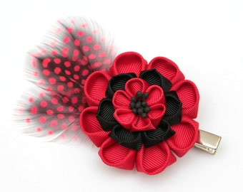 Black and red Kanzashi  flower hair clip. Japanese hair clip. Kanzashi hair flower.  Japanese Fabric Flower Clip. Kanzashi with feathers
