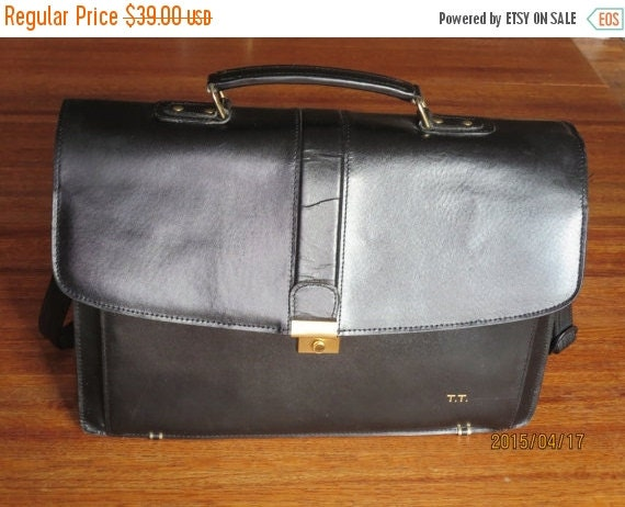 Football Days Sale Price Reduced! Vintage Geoffrey Beene Black Leather Flap Over Multi Gusset Expanadable Messenger Laptop Bag Briefcase- VG