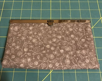 Diva Wallet Clutch - Gray & White Fabric With Pewter Tone Hardware