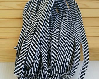 """NEW Piping 4 yards of black white stripe 1/2"""" wide w/ 1/8"""" cotton cording code: SPRING2017 20% off"""