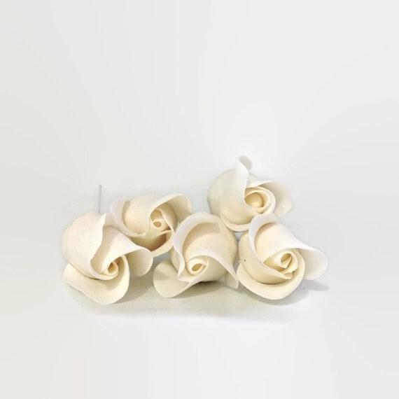 White Rose Buds set of 5 for sugar flower arrangements, fondant gumpaste flower wedding cake toppers, cake decorations, filler flowers