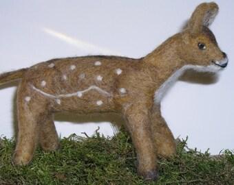Young deer, felted, Merino.