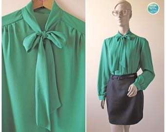 Vintage 70s Green Bow Neck Secretary Blouse | Size S M L | Semi Transparent Button Up Blouse with Tier | breathe and let it be