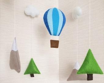 Baby mobile, mountain mobile, monochrome nursery, scandinavian mobile, nordic nursery mobile, baby nursery decor, woodland mobile, baby room