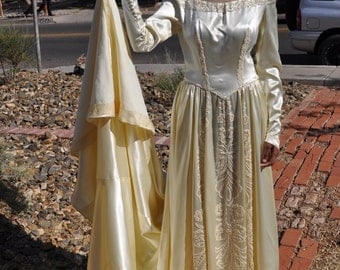 Vintage 1950s Silk Saks Fifth Avenue Hand Beaded Wedding Gown **AS IS********