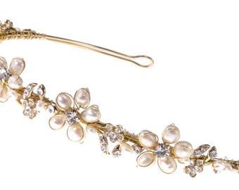 Bridal Headband of  Rhinestone-Accented Freshwater Pearl, Rhinestone-Encrusted Leaves and Rhinestone Flowers (#93D5fwpag)