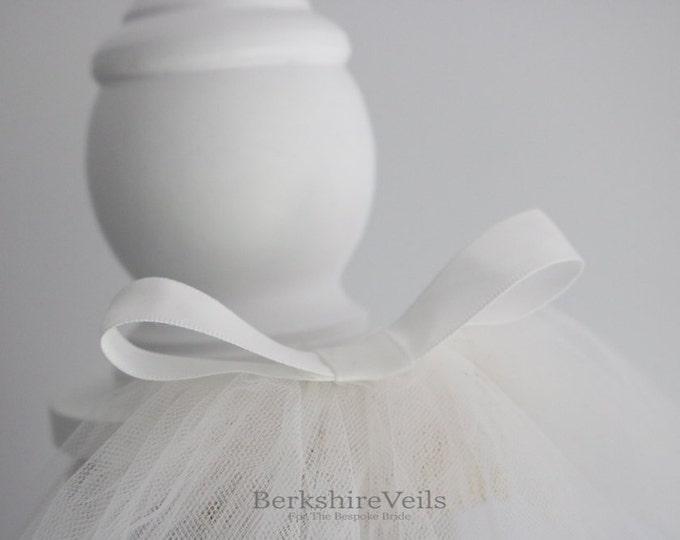 Fingertip Veil // Fingertip Wedding veil // Veil Wedding // Ivory Veil // One tier fingertip veil