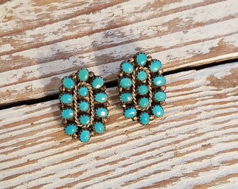 Vintage Sterling Silver petite point turquoise earrings - clip on earrings vintage turquoise earrings NX1726