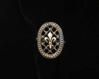 antique french fleur de lis ring