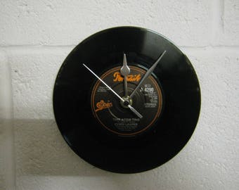 "Cyndi Lauper ""Time After Time"" Special Unique Record Wall Clock Gift"