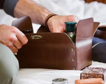 Leather Toiletry case, Dopp Kit, Travel Case, Shave Bag, Personalized Groomsmen Gift, Gift For Boyfriend, Gift For Husband, Gift For Men