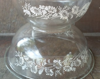 1980s Vintage Pyrex 323 and 325  Colonial Mist Clear Bottom Glass Nesting Set of 2 Mixing Bowls
