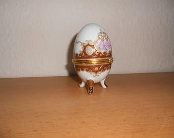 Porcelain egg, Schmuckei
