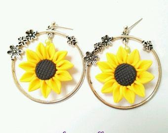 Sunflower earrings, hoop sunflower earrings, sunflower jewelry, Dangle sunflower earrings, yellow flower earrings, hooped flower earrings