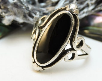 Sterling Silver Ring Onyx/Size 7