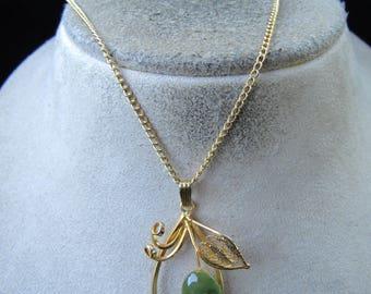 Vintage Goldtone Green Jade Floral Pendant Necklace
