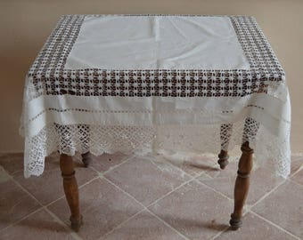 Elegant Antique Table Cloth, Vintage, Lace, Kitchen, Dining