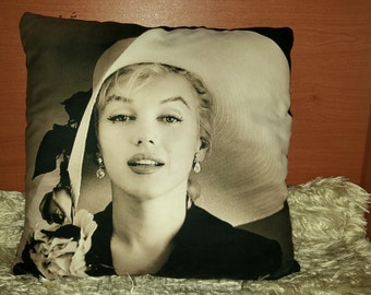 Marilyn Monroe Pillows, Artists Pillow, Marilyn Monroe, Colorful Pillow, Illustrated Pillow, Home & Living