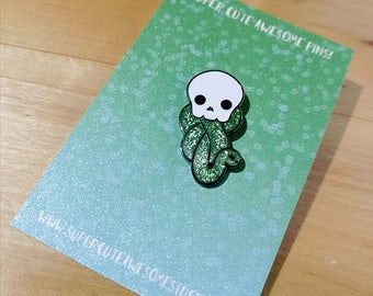 Super Cute Dark Mark Enamel Pin - Hard Enamel Pin - Harry Potter Pin - Slytherin - Lapel Pin - Pins - Pin Badge - Glitter Pin