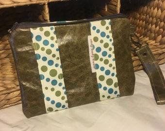 Handmade olive green leather wristlet set