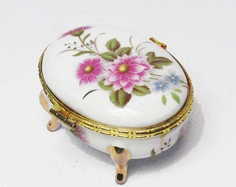 Exquisite Handcrafted Oval Floral Porcelain Jewelry Box
