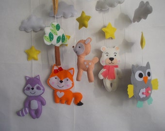 Baby crib Forest mobile ,woodland cot mobile,Forest animals mobile,bear mobile,fox mobile,raccoon mobile,felt kit,nursery mobile