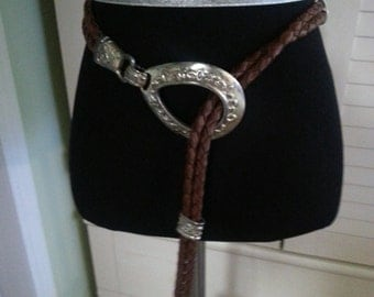 Vintage western belt, vintage leather belt, vintage western leather belt. A9