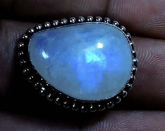 Moonstone Ring Size 7