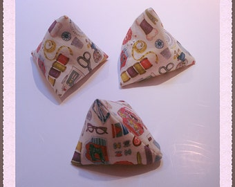Sewing gifts - pattern weights