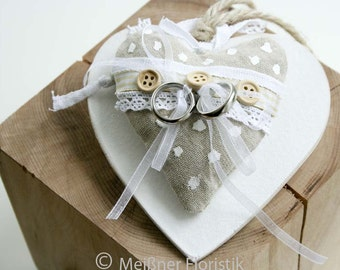 "Wooden heart vintage ""2"" ring pillow"