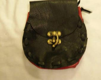 Black and red leather belt pouch. Great for LARP and renn faire.