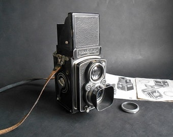 Vintage Rolleiflex Automat TLR model 3 - Retro Rolleiflex Automat Camera with UV Filter and Lens Hood - Iconic Rolleiflex Camera 1939-'49