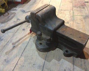 Vintage engineers vice very heavy