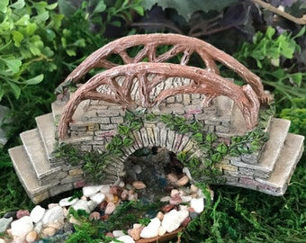 Miniature Curved Stone Bridge