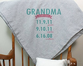 Personalized Mom Established Fleece Stadium Blanket - Mother Gifts - Mother's Day Gifts - Grandma Gifts - Aunt Gifts - Grandma Blankets