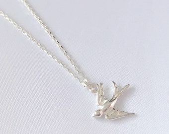 Short necklace in 925 Silver with swallow pendant