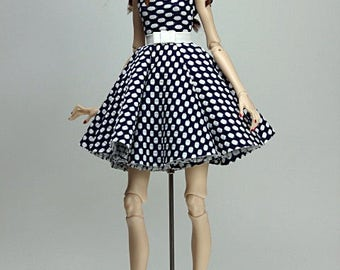 meg fashion doll outfit for Popovy Sisters Doll ''Dots''