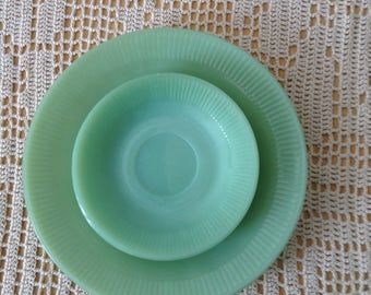 Jadeite dinner plate & two saucers Fire King Jane Ray pattern green jadite