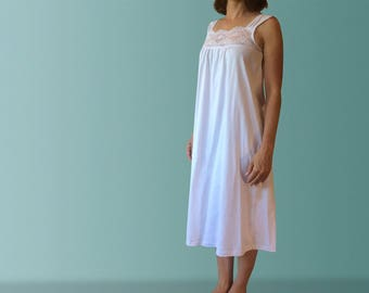 Daydream White Organic Cotton Nightgown with Lace Trim