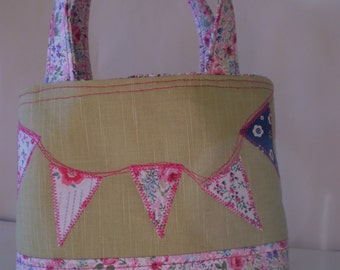 Girls Bag, Tote Bag, Party Favour, Gift Bag, Lunch Bag, Pink, Green,Flowers,Bunting