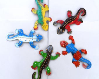 Geckos/lizards/iguanas, set of 5 metal carvings.
