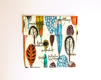 Reusable snack bag - No Waste snack bag - Food safe fabric snack pouch - Feather print