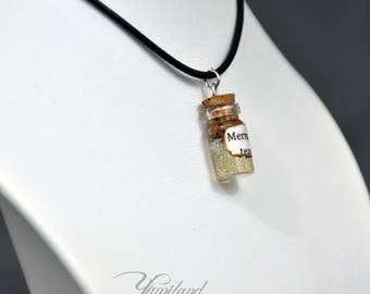 Handmade mermaid tears potion necklace - harry potter, harry potter necklace, harry potter potion, harry potter jewellery, potter jewelery
